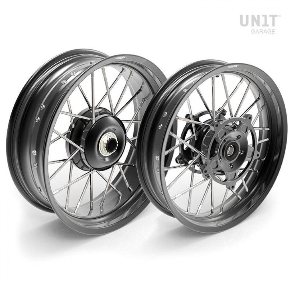 Pair of spoked wheels R1200R 24M9