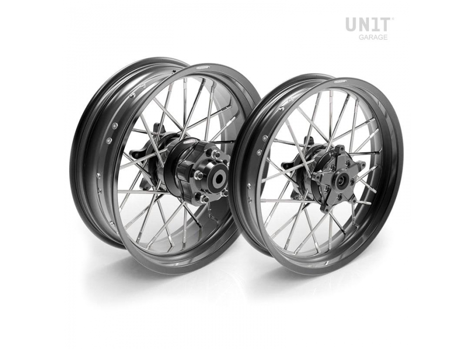Pair of spoked wheels Yamaha MT09-SP 24M9