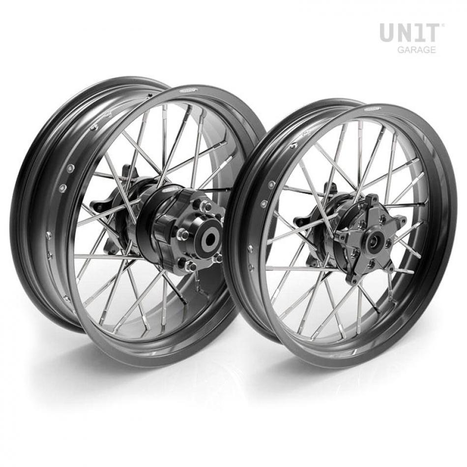 Pair of spoked wheels Yamaha MT09-SP 24M9