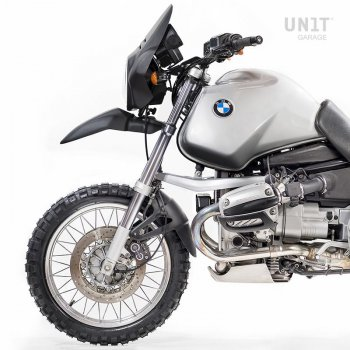 Round headlight with BMW parable kit