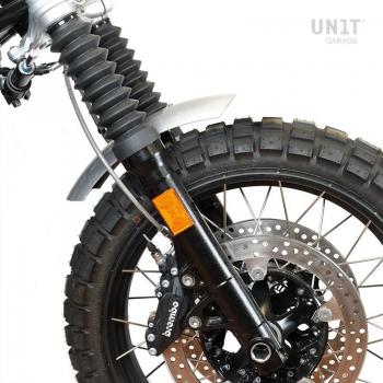 Low front fender in aluminum nineT with fork stabiliser