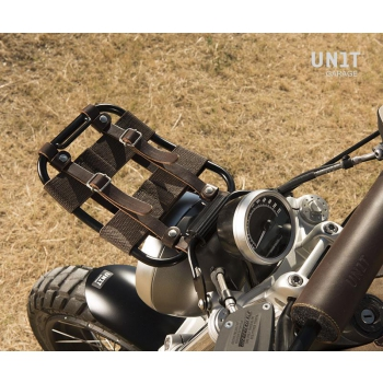 Front luggage carrier