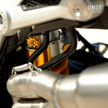 Support high pipe with Öhlins